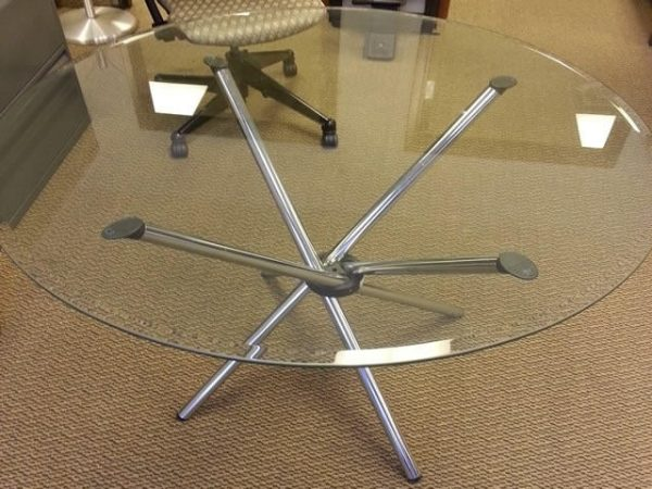 Used 42 inch Round Table