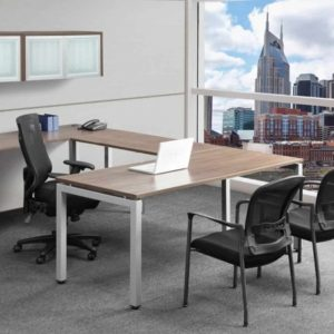 72in U SHAPE BENCHING DESK WITH WALL MOUNT HUTCHES