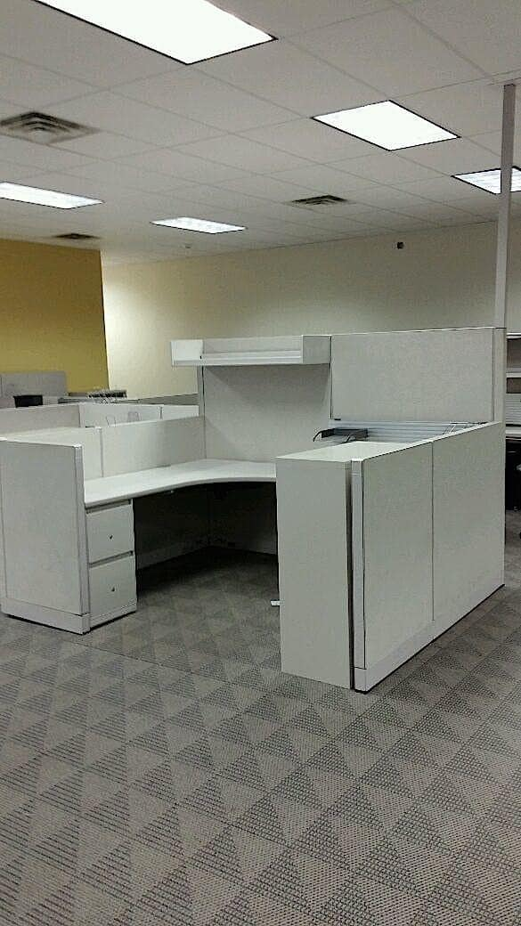 Lowest price on preowned Steelcase Enhanced 9000 cubicles.
