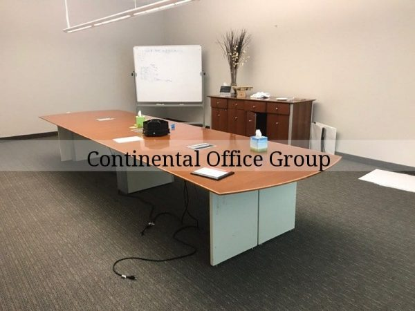 pre-owned Gunlocke conference room table