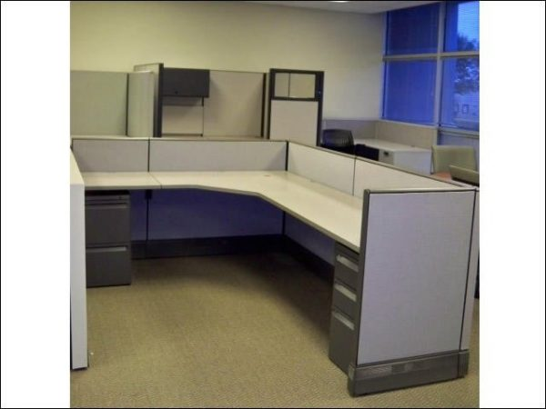 Preowned Herman Miller AO3 Cubicles