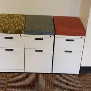 Used Herman Miller Meridian BF Mobile Pedestals w/ Seat Top Cushion Color: Cream