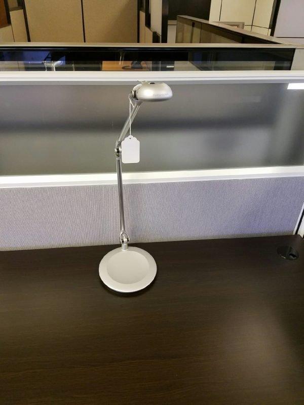 Humanscale Lights Desk Lamps