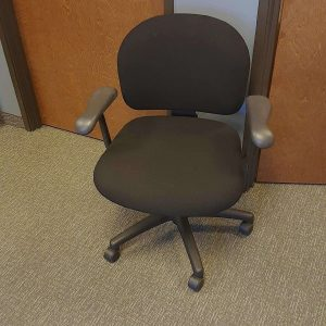 Used Black on Black Knoll Parachute Task Chairs