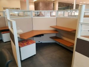 used Steelcase Answer stations