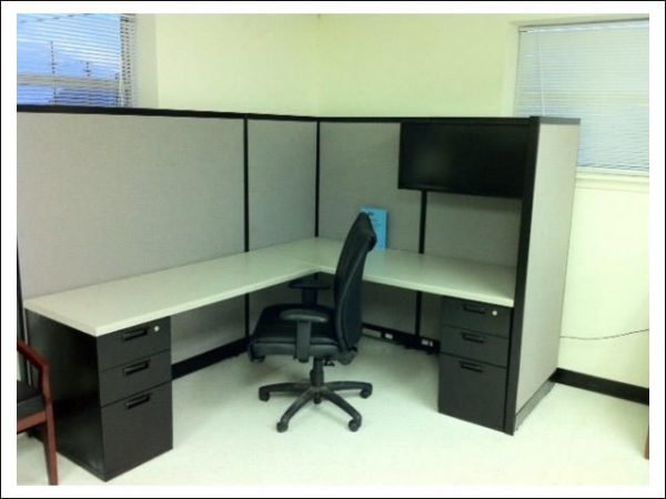 Secondhand Steelcase Avenir cubicles