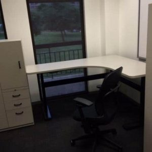 Used Steelcase Kick 5x6 Freestanding Hydraulic Desks