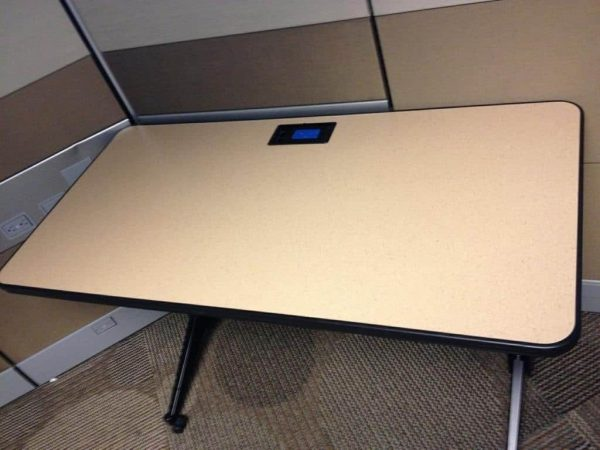 Used Training Table W-Built In Power