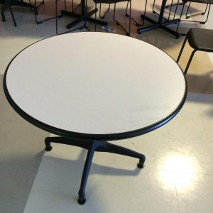 Used Vecta Tables