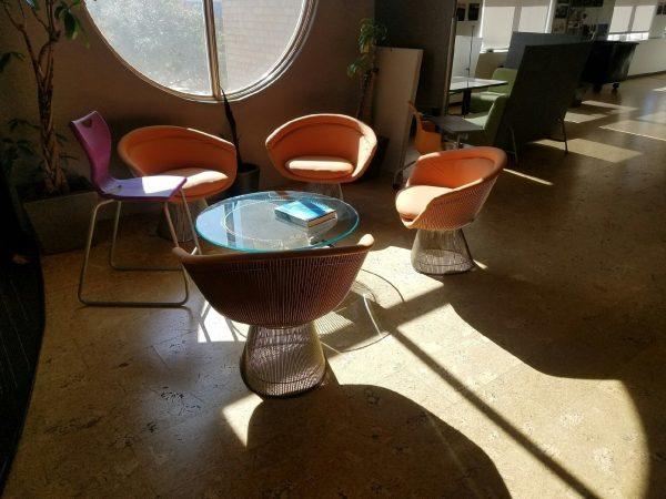 used modern lounge seating