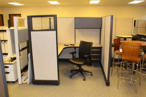 Secondhand Herman Miller A02 6x7x67 & 6x6x67 Workstations