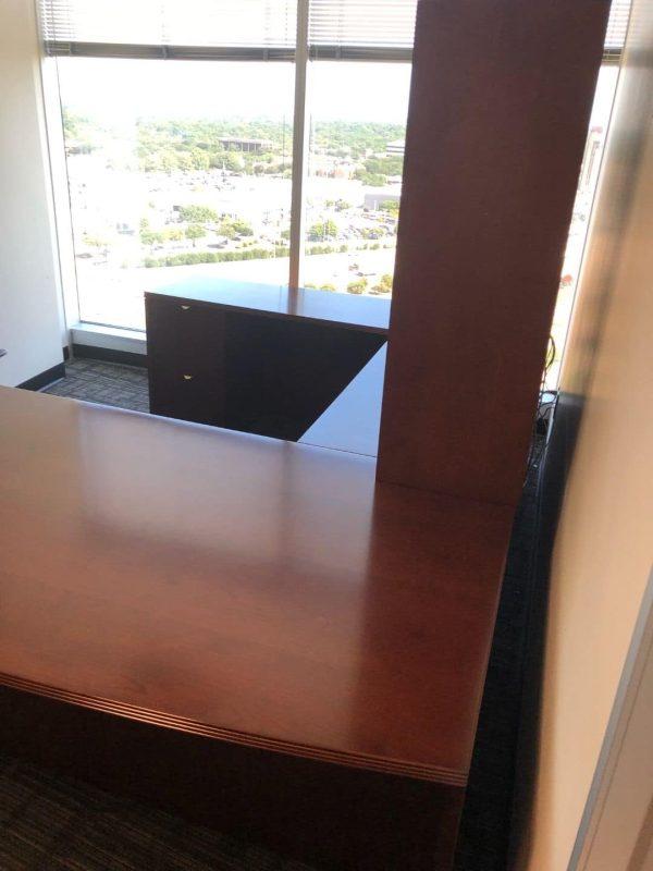 Used u-shape desk with hutch