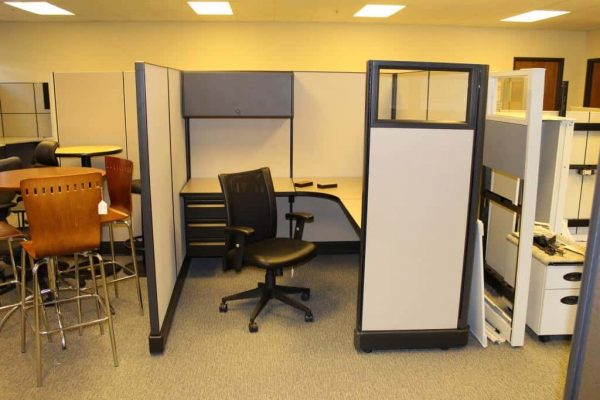 "used Herman Miller A02 6x7x67"" & 6x6x67"" Workstations"