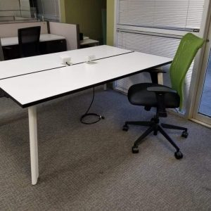 Preowned Open Plan Benching workstations