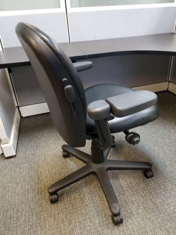Secondhand Steelcase Drive chair