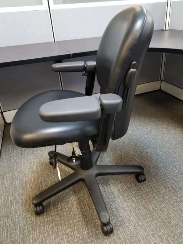 Used leather Steelcase Drive chair