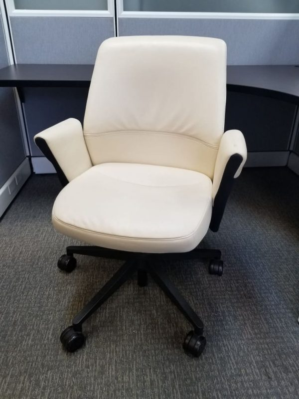 Used Vecta Prismo Chairs