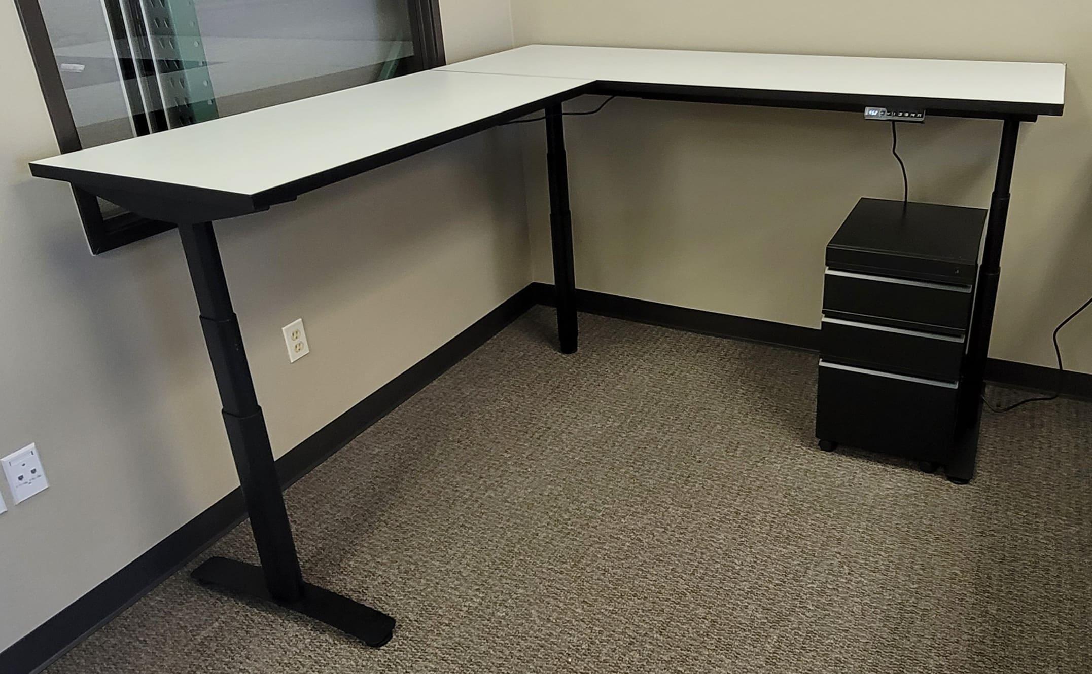 Used Adjustable Sit Stand L Shape Desks for Sale